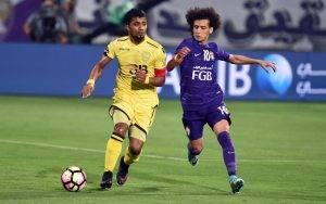 علي مبخوت و عمر عبد الرحمن يتنافسان على لقب الكرة الذهبية الإماراتي