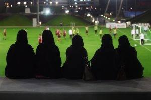 كيف دخلت كرة القدم قلوب الجنس اللطيف في العالم العربي 