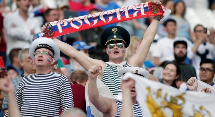 تحقيق وإجراءات تأديبية بحق روسيا بسبب الهتافات العنصرية