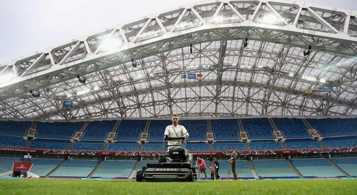 وصول عشب أرضية ملعب سامارا إلى روسيا لاستضافة كأس العالم