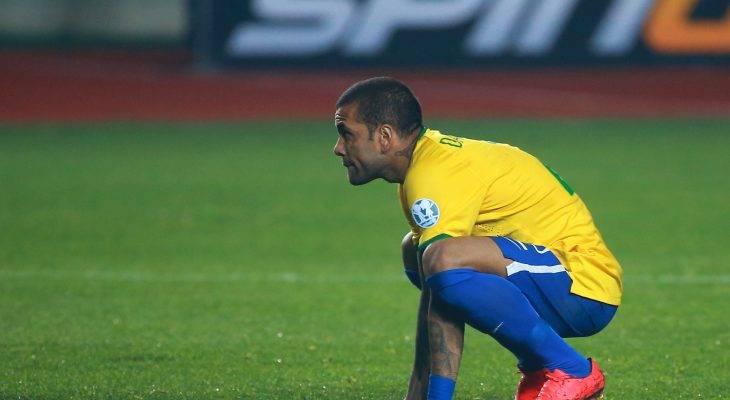 أسوأ مايمكن أن يحدث………ألفيس الأكثر تتويجاً بالبطولات في العالم لن يشارك في كأس العالم
