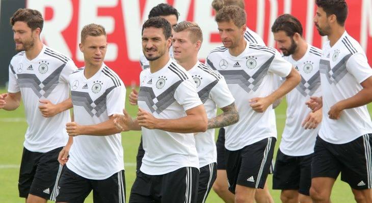 ألمانيا تبدأ مشوار الدفاع عن لقبها بلقاء مع المكسيك