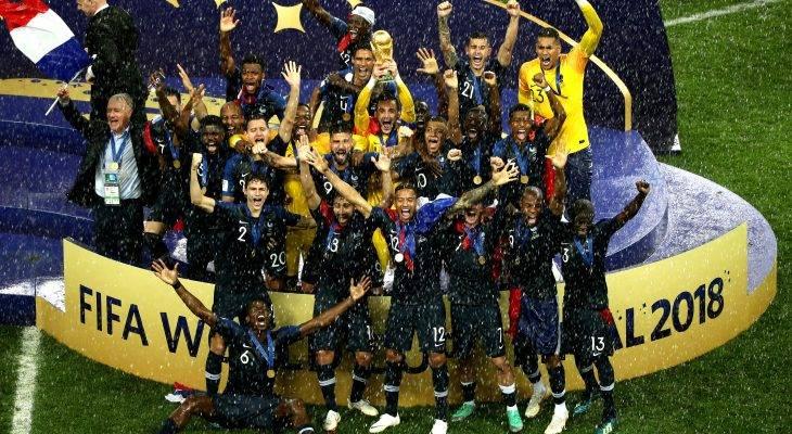 نهائية كأس العالم: احتفالات، وانجازات وجوائز عديدة :