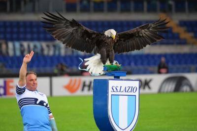 لاتسيو يعبر إلى نهائي كأس ايطاليا بعد الاطاحة بميلان