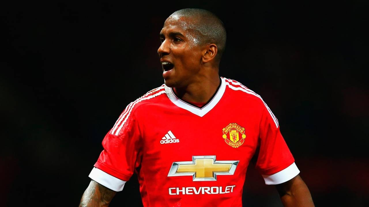 Ashley Young rules out big-money move to China