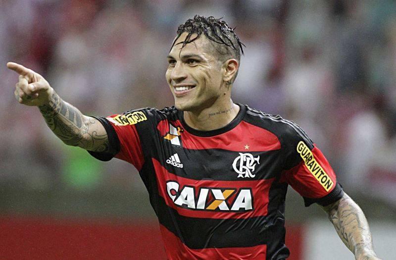 Gamba Osaka look to sign Paolo Guerrero from Flamengo