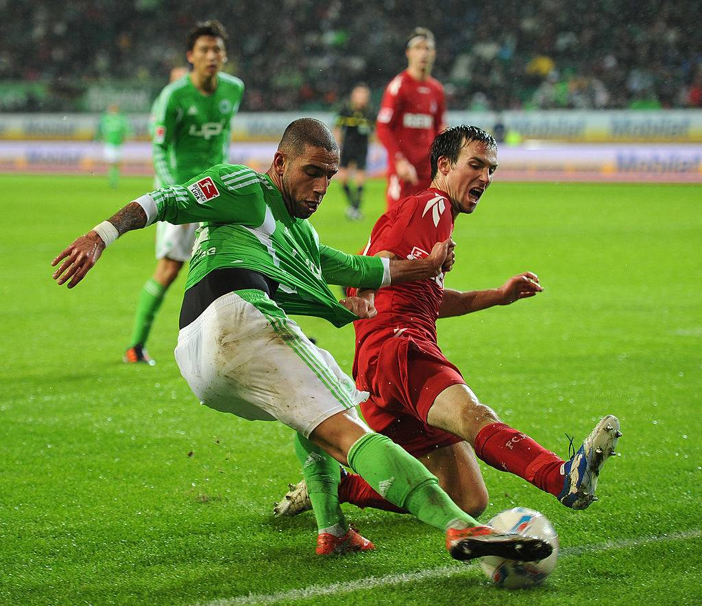 Ashkan Dejagah ruled out for one month