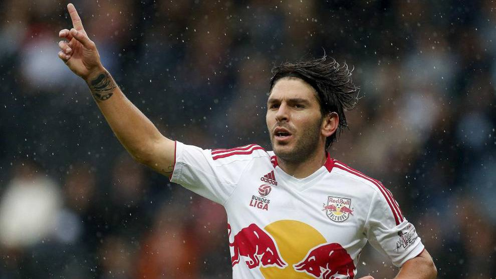 Jonathan Soriano joins Beijing Guoan from Red Bull Salzburg