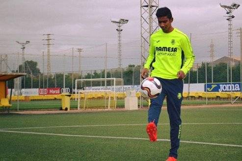 Injury forced Indian youngster Ashique Kuruniyan returns home from Villarreal