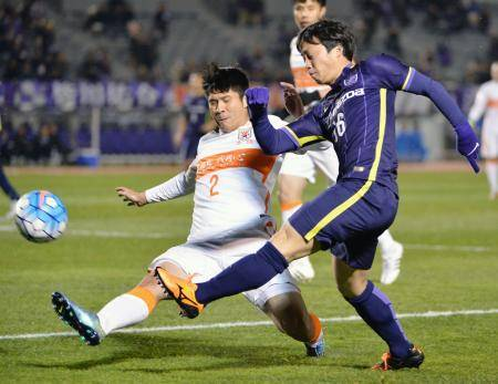 Sanfrecce Hiroshima ease past Muangthong United in Toyota Premier Cup