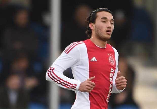 Ezra Walian on English club's radar as his contract with Ajax set to expire