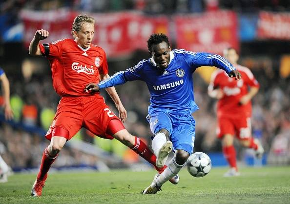 Michael Essien arrives in Indonesia to sign contract with Persib Bandung – Reports