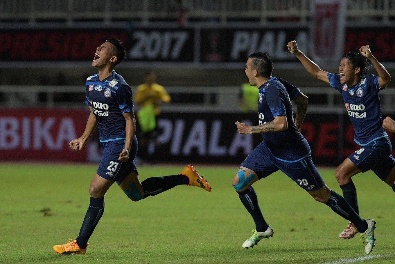 Arema FC win 2017 President's Cup
