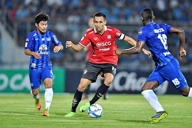 Sanfrecce Hiroshima join the race to sign Teerasil Dangda