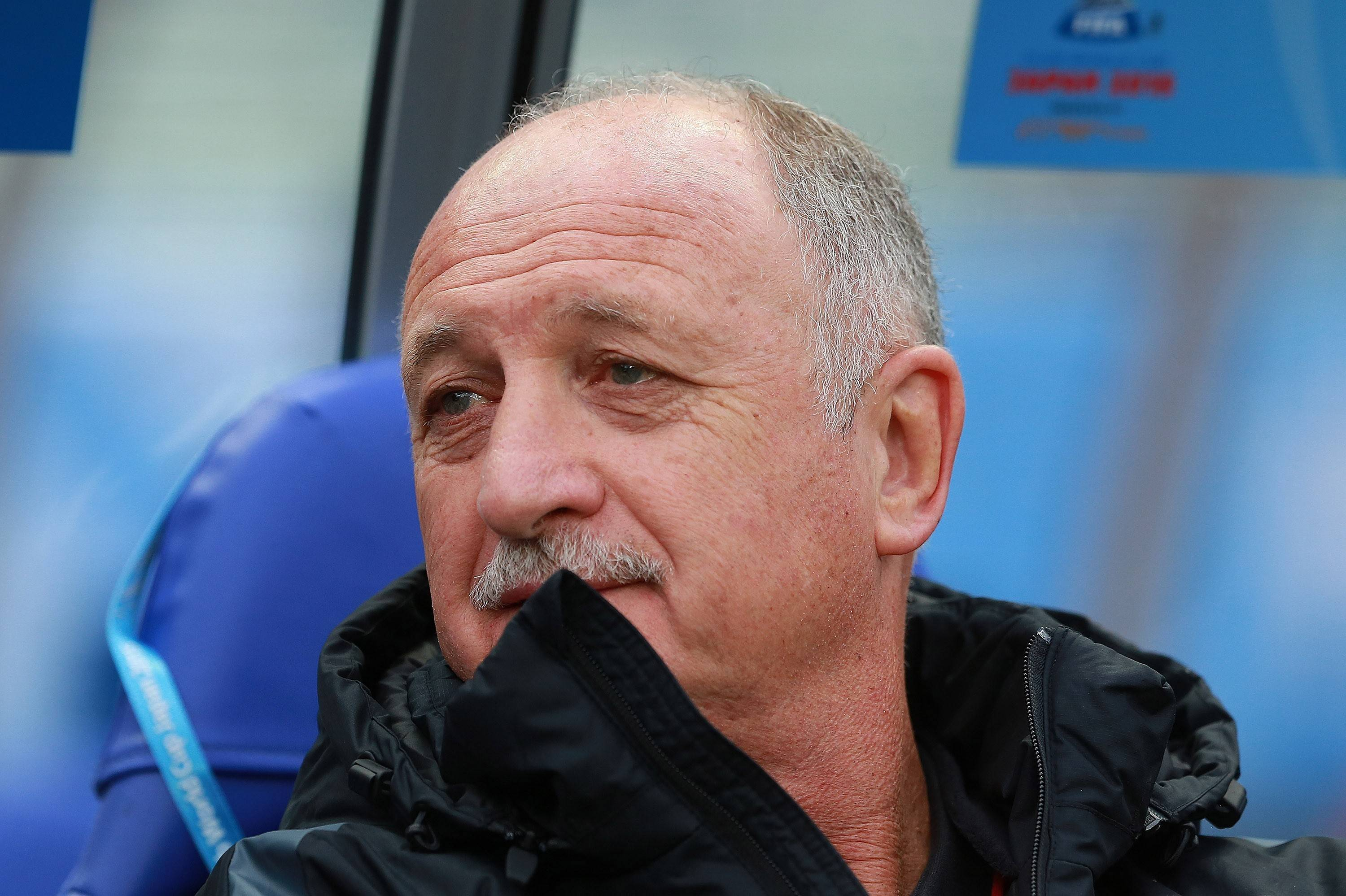 Scolari's Guangzhou Evergrande go top with win over Henan Jianye