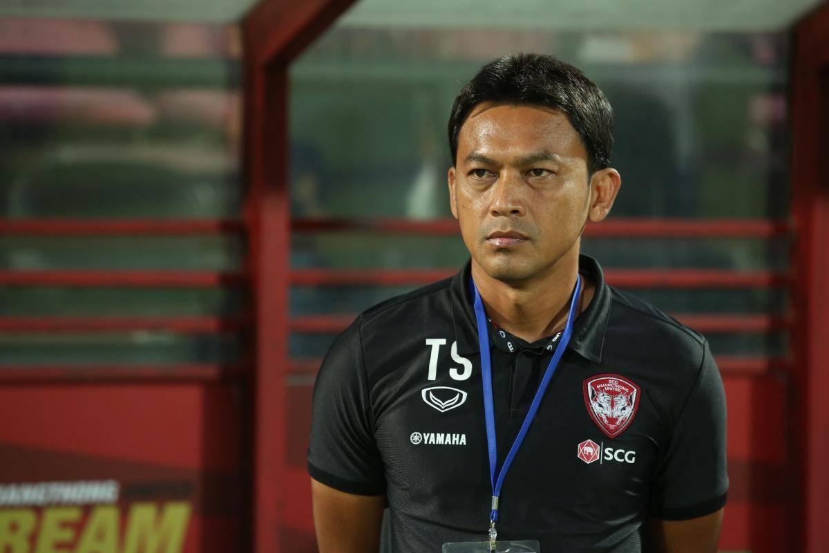 Muangthong United coach Totchtawan Sripan targets Thai League title