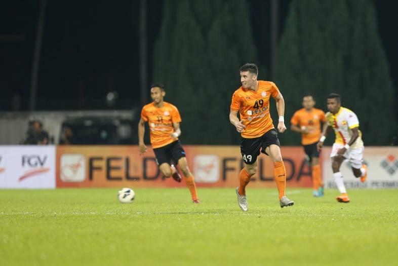Felda United re-sign Brazilian forward Thiago Augusto Fernandes