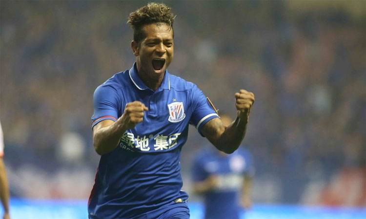 Fredy Guarin extends contract with Shanghai Shenhua