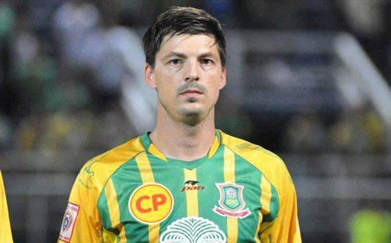 Sisaket FC sign veteran striker Bjorn Lindemann from Navy FC
