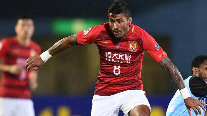 Paulinho admits receving offer from China