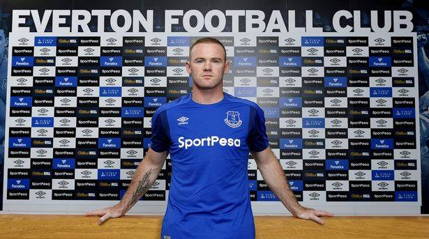 Wayne Rooney rejects China offers for chance to play at 2018 World Cup
