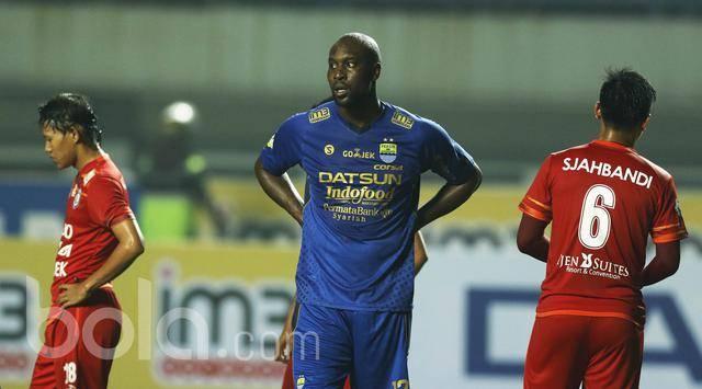 Sergio van Dijk, Carlton Cole to miss PSM Makassar match due to injuries