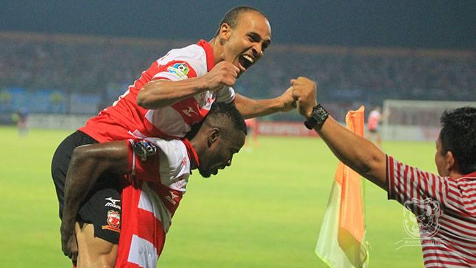 Peter Odemwingie scores a brace as Madura United win over rivals Persib