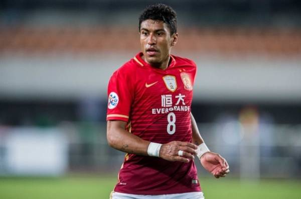 Paulinho rejoins Guangzhou Evergrande after one season at Barcelona