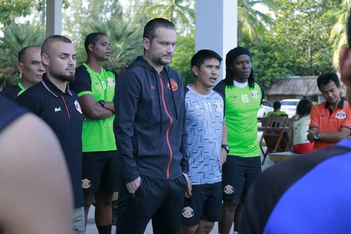 Coach Vissizar Popov parts ways with Sisaket FC