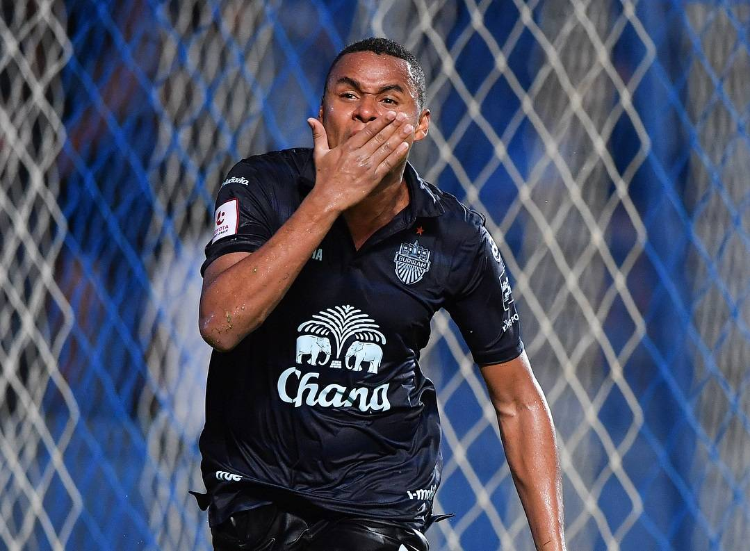 Muangthong United and Bangkok United join the race to sign Jaja Coelho