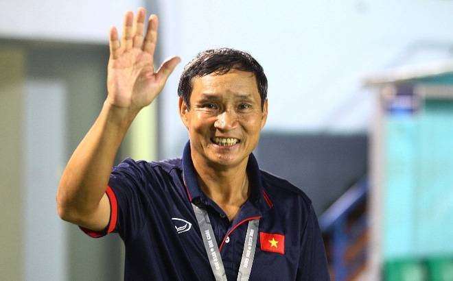 Mai Duc Chung remains in charge of Vietnam national team for Cambodia match