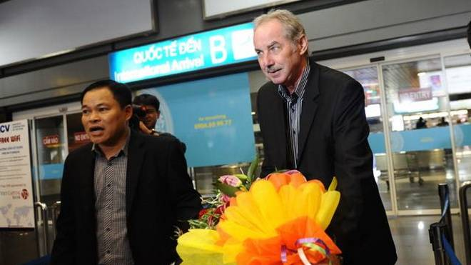 Alfred Riedl rejects three offers from Indonesian clubs