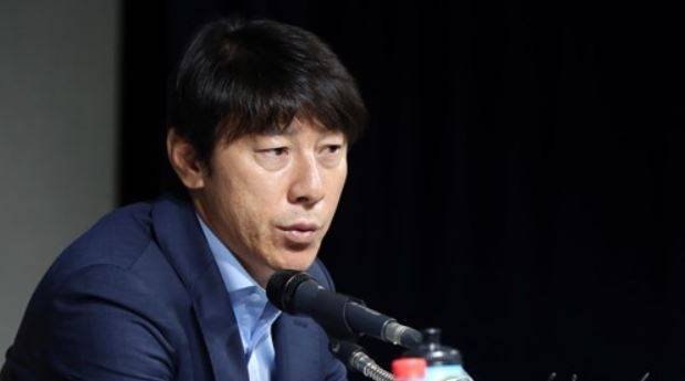 South Korea national team head coach willing to accept Guus Hiddink's help
