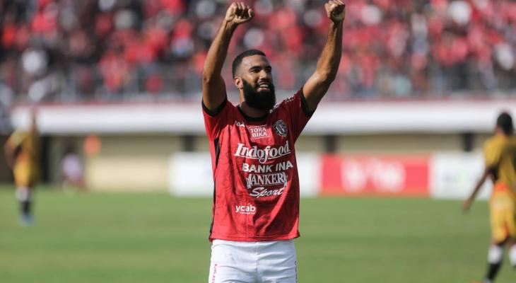 Sylvano Comvalius breaks goalscoring record in Indonesian league