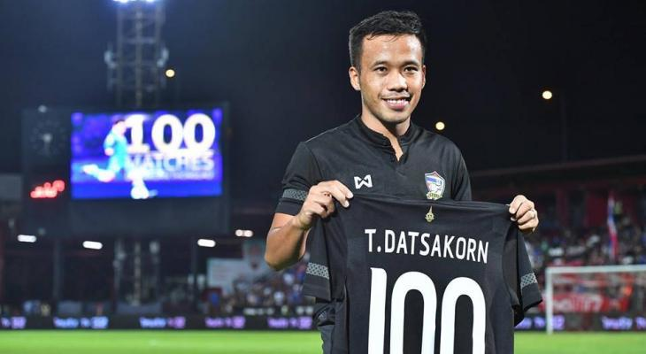 Centurion Datsakorn Thonglao shares the credit after Thailand win