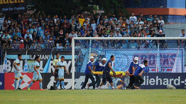 Indonesia Sports Minister promises to provide more medics during professional matches