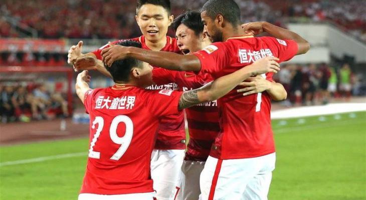 Guangzhou Evergrande claim seventh straight Chinese Super League title