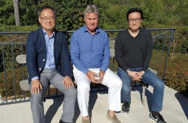 Guus Hiddink turns down South Korea technical director job