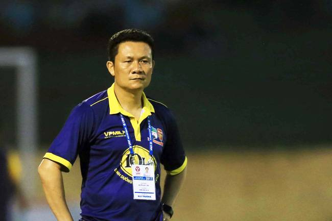 HAGL manager Nguyen Quoc Tuan resigns