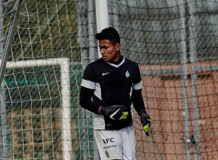 Thai-Swedish goalkeeper Kevin Sangsamanan set to join Pattaya United