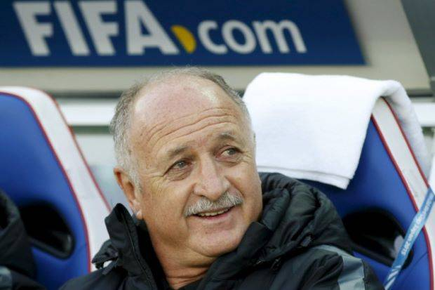 Scolari handed three-game touch line ban in Chinese Super League