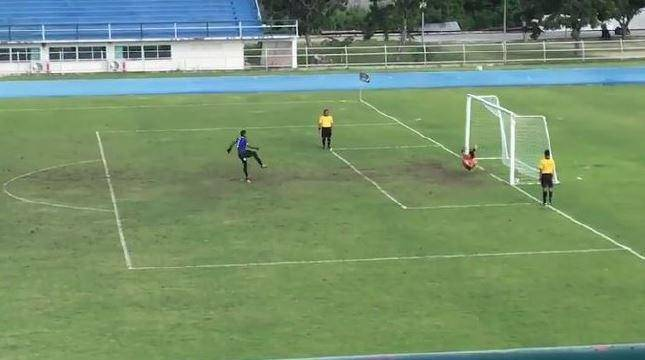 "Thailand U-18 goalkeeper left red-face after ""magic"" penalty goal"