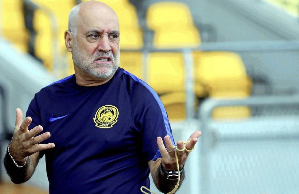 "Malaysia coach Nelo Vingada: A win over Hong Kong is ""mandatory"""