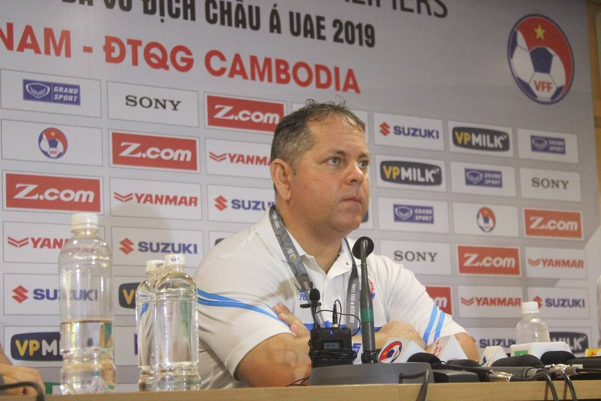 Cambodia coach Leonardo Vitorino vows to never give up