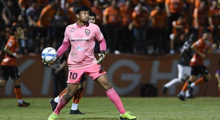 Goalkeeper Nont Muangngam joins Police Tero on loan from Chiangrai United