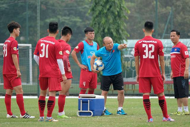 Vietnam national team head coach Park Hang-seo praises his players' technique