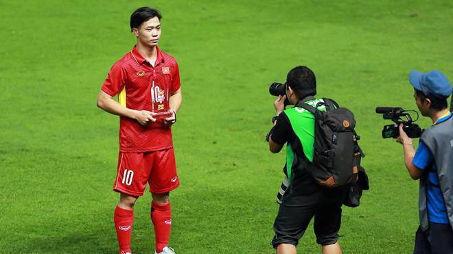 Nguyen Cong Phuong: Vietnam U23 look forward to meeting Thailand