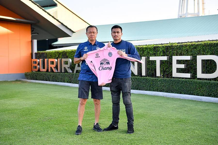 Thai-Swedish goalkeeper Kevin Sangsamanan joins Buriram United