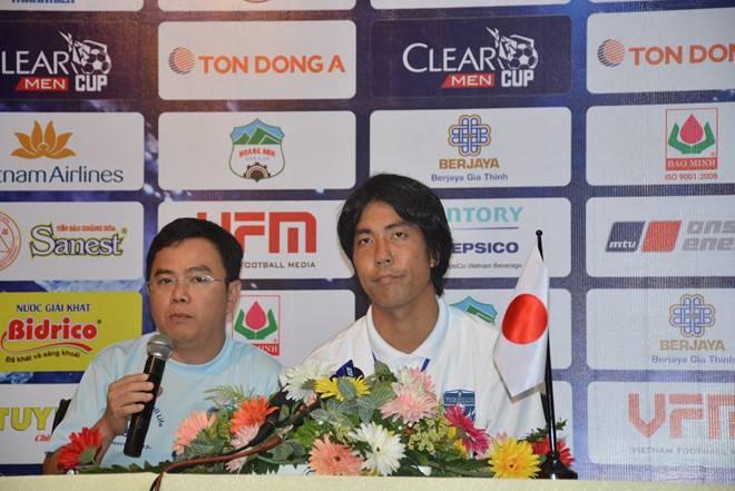"""Yokohama coach Tomonobu Hayakawa: Nguyen Cong Phuong """"good enough"""" to play in Japan"""