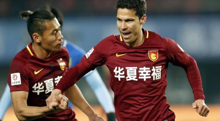 Sao Paulo plan to sign Hebei China Fortune midfielder Hernanes